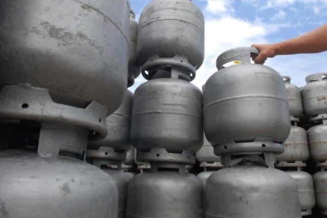 Procon-SP fecha acordo que limita preço do gás a R$ 70