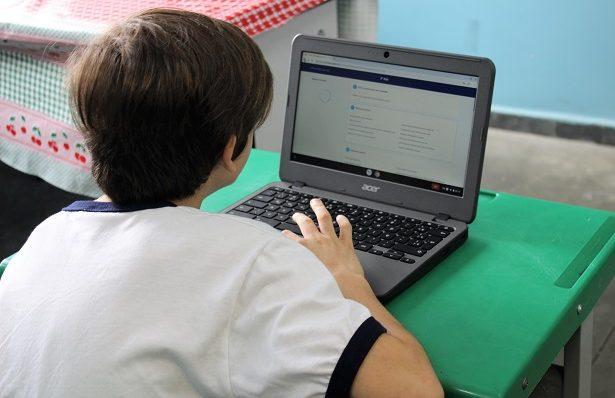 Barueri vai levar internet a alunos da rede municipal que não têm acesso