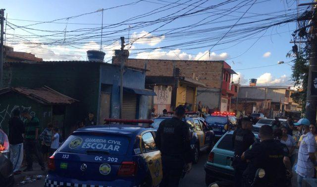 GCM coloca fim em jogo de futebol com 200 pessoas em Carapicuíba