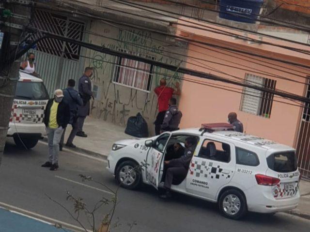 Homem que matou irmão e respondia por crime em liberdade é linchado em Carapicuíba