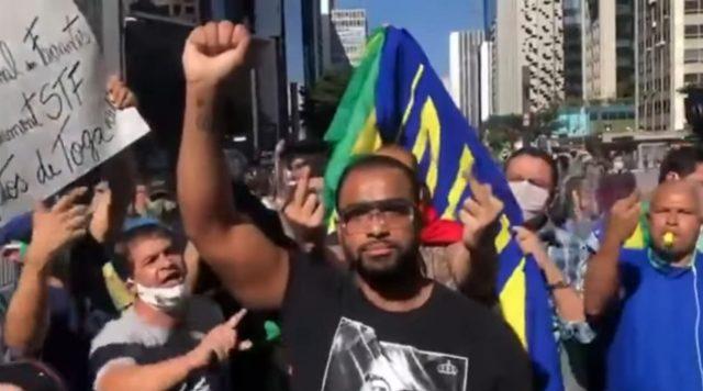 Enfrentei nazistas disfarçados de manifestantes, diz osasquense que esteve na Av. Paulista em defesa da democracia