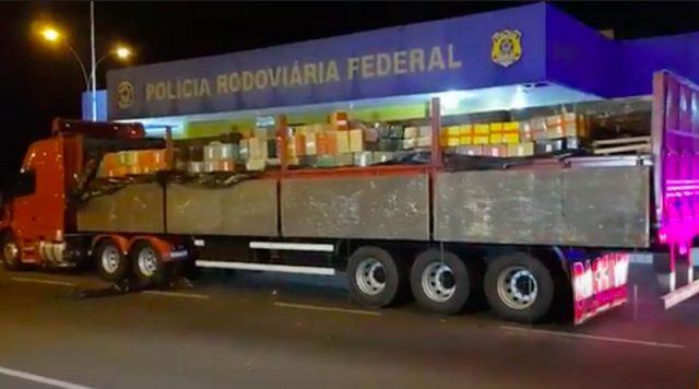 caminhão com maconha com destino a Santana de Parnaíba