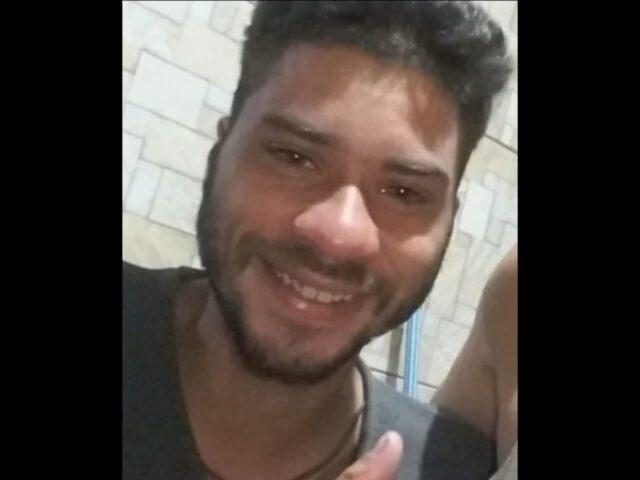 jovem é agredido com taco de sinuca em Carapicuíba