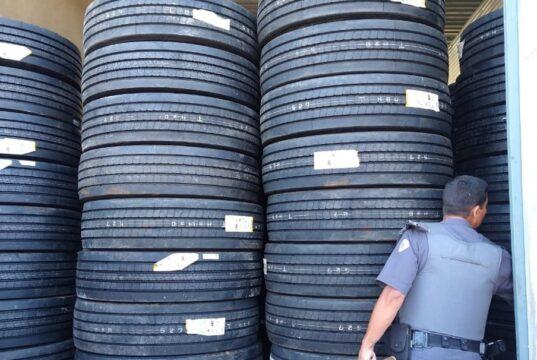 carga pneus roubada cotia