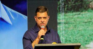 Marcos Neves Carapicuíba